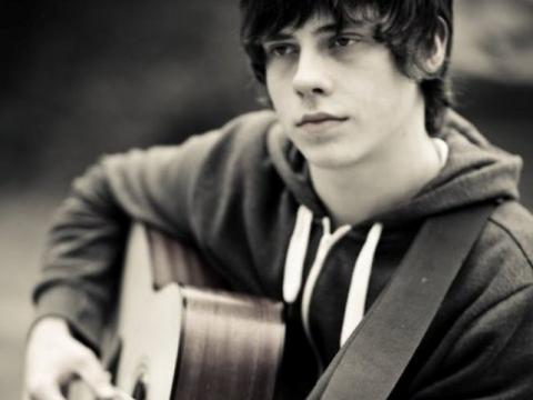 Jake Bugg - Promo Photo (1)